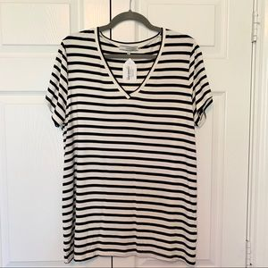 🆕 NWT Boutique Striped Tee